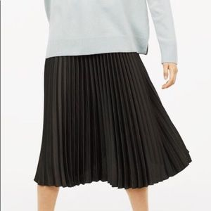 H&M accordion pleated skirt